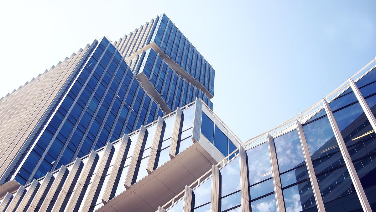 glazed building facade, photo credit Daria Nepriakhina via Pixabay